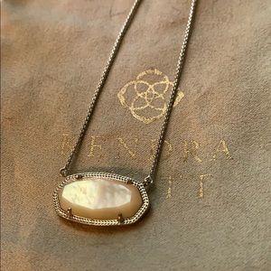 Kendra Scott Delaney pendant in rhodium